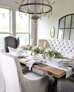 Decorating a Dining Room with Vintage Memorabilia and Motifs Dinning Room Tables, Dining Nook, Dining Room Design, Dining Room Furniture, Dinner Room, Dinner Chairs, Banquette Seating, Dining Room Inspiration, Decorating Coffee Tables