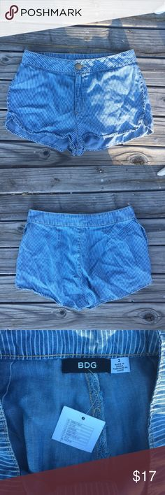 """NWT BDG BLUE STRIPED SHORTS SZ 2 HGH WAIST NWT BDG BLUE STRIPED SHORTS SZ 2 HIGH  WAIST- WAIST 13"""" BDG Shorts"""