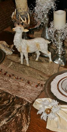 TABLE TOP RUNNERS by Reilly-Chance Collection: Runner #173...(17x72)