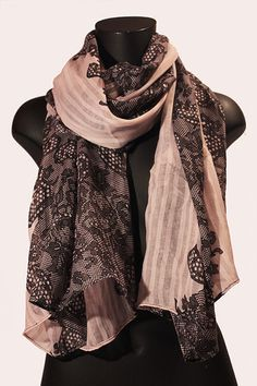Sciarpa rosa con stampa pizzo nero. #portobelloathome  http://portobelloathome.com/?product=sciarpa-pizzo