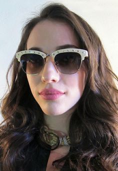 """Actress Kat Dennings from """"Two Broke Girls"""" and """"Thor: The Dark World."""" Valentino sun style V112S!"""