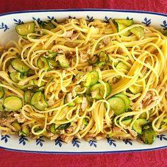 Ricetta Spaghetti con tonno e zucchine - La Ricetta di GialloZafferano