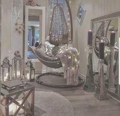 Home Interior Catalogo Most comfortable and cozy living room ideas Home Goods Decor, Diy Home Decor, Home Decorations, Luxury Home Decor, Luxury Interior, Home Decor Styles, My New Room, My Room, Rest Room