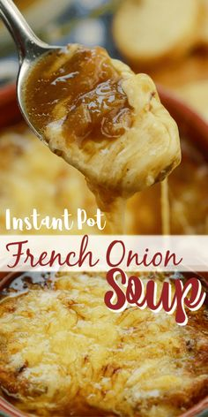 Instant Pot French Onion Soup Instant Pot French Onion Soup gives you all those classic flavors in this French onion soup recipe. Beefy broth, onions, and cheese. Instant Pot French Onion Soup is so easy to make! Best Instant Pot Recipe, Instant Pot Dinner Recipes, Instant Pot Meals, Instant Recipes, Onion Soup Recipes, Crock Pot Soup Recipes, Vegetable Crockpot Recipes, Crockpot French Onion Soup, Onion Soups