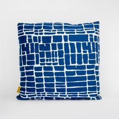 26 O U T D O O R P I L L O W S Ideas Stori Modern Pillow Collection Sunbrella Fabric