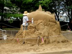 the start of the sand sculpture