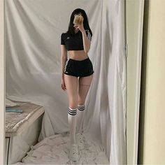 """Comment """"love"""" in your language 👇💕 Skinny Girl Body, Skinny Girls, Cute Fashion, Girl Fashion, Fashion Outfits, Ulzzang Fashion, Korean Fashion, Ulzzang Style, Skinny Inspiration"""