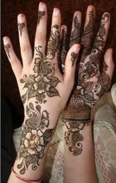 Latest Mehndi Designs 2013 For Girls