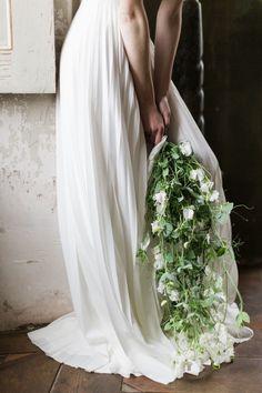 mariage-contemporain-chateau-froeschwiller-floral-wedding-design-alsace (19) bouquet pois de senteur