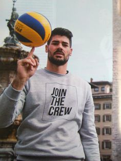 Men's Volleyball, Volleyball Players, Portraits, Mens Fashion, Sports, Life, Beautiful, Manish, Italia