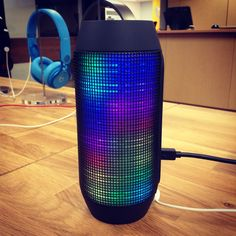 Come to #browse located @liupost on the second floor of Hillwood Commons and check out our JBL pulse speaker! It has a built-in LED light show that changes colors and pulses to your music!
