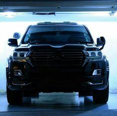 Land Cruiser 200, Toyota Land Cruiser, Toyota Trucks, 4x4 Trucks, My Dream Car, Dream Cars, Engin, Cars And Motorcycles, Offroad