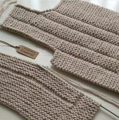 This Pin was discovered by Ayş Baby Vest, Baby Cardigan, Knitting Designs, Knitting Patterns, Knit Vest Pattern, Cute Cardigans, String Bag, Knit Jacket, Knitted Bags