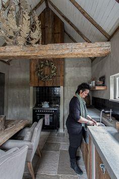 Rustic Kitchen Design, Best Kitchen Designs, Dining Room Design, Country Kitchen, Happy Kitchen, Kitchen Nook, Home Decor Kitchen, Castle Stones, Cocinas Kitchen