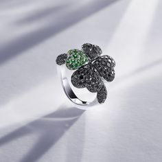 Diamond rings by Bucherer Fine Jewellery – masterpieces of design and craftsmanship, set with exquisite fancy diamonds and colour gemstones