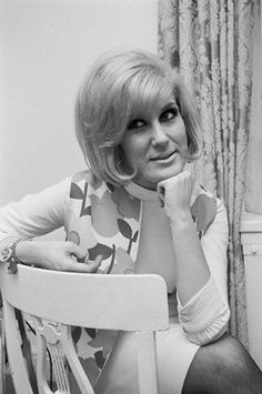 Photo of Dusty Springfield Photo by Michael Ochs Archives/Getty Images Soul Singers, Female Singers, Call Dusty, Petula Clark, Dusty Springfield, Uk Music, Billboard Hot 100, The A Team, Black And White Portraits