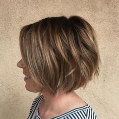 Short bob haircuts and hairstyles are perfectly versatile. Changing color, shape or dimension, stylists can find an ideal short bob for every woman! Consider short bobs from our gallery! Bob Hairstyles For Thick, Short Layered Haircuts, Sleek Hairstyles, Layered Hairstyles, Natural Hairstyles, 2015 Hairstyles, Short Cuts, Celebrity Hairstyles, Wedding Hairstyles