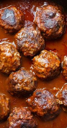 Red Wine Braised Meatballs with Spinach-Gruyere Mashed Potatoes