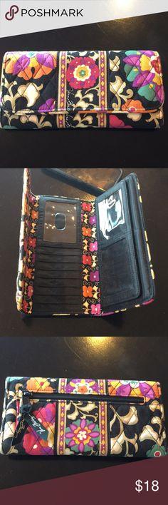 Vera Bradley wallet In good condition Vera Bradley Bags Wallets