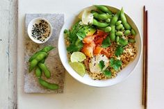 A light and easy sushi bowl to help kickstart your week of healthy eating.