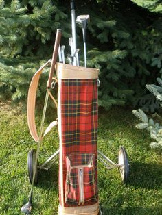 Vintage Red Plaid Golf Bag Clubs and Caddy. You have to play with these clubs on January 25th.............  Do ye know why? It's Robert Burns birthday. Who's R.Burns? Why he's the most famous poet in beloved Scotland....