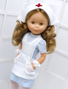 Nancy Enfermera Ag Dolls, Girl Dolls, Vestidos Nancy, Nancy Doll, Doll Making Tutorials, Barbie, America Girl, American Girl Crafts, Child Smile