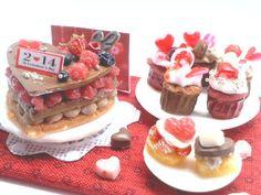 hand:made:ミニチュア:ドールハウス:バレンタインケーキ&カップケーキ: