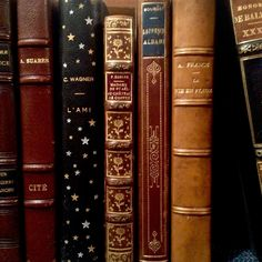 """Her Tea Leaves rickinmar:""""french bindings at a store in marblehead."""" Her Tea Leaves Deco Harry Potter, Images Harry Potter, Old Books, Vintage Books, Vintage Music, Antique Books, These Broken Stars, The Ancient Magus Bride, Hogwarts Houses"""