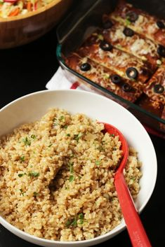 Brown rice pilaf recipe get in my belly: healthier choices? Brown Rice Dishes, Rice Side Dishes, Side Dishes Easy, Side Dish Recipes, Food Dishes, Recipes Dinner, Main Dishes, Healthy Rice Recipes, Real Food Recipes
