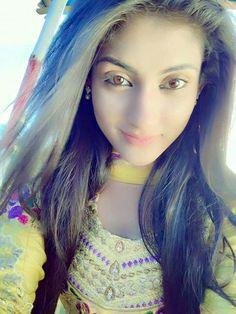India Beauty, Asian Beauty, Girl Pictures, Girl Photos, Beautiful Eyes, Beautiful Women, Girls Lipstick, Beautiful Girl Wallpaper, Stylish Girls Photos