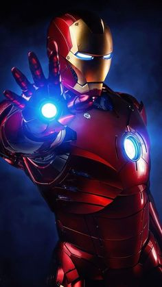 """The Marvel Cinematic Universe wraps up its long-running """"Infinity Saga"""" with the messy, convoluted, and thematically satisfying Avengers: Endga Iron Man Avengers, Marvel Avengers, Marvel Heroes, Iron Man Kunst, Iron Man Art, Poster Marvel, Iron Man Wallpaper, Iron Men, Iron Man Photos"""