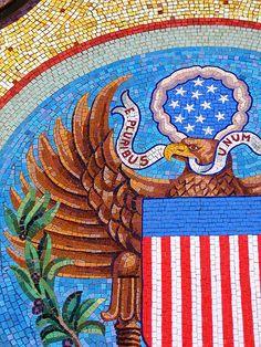 E Pluribus Unum - Texas State Capital mosaic  Photographer: Flickr/Tycho Moon  Artist?