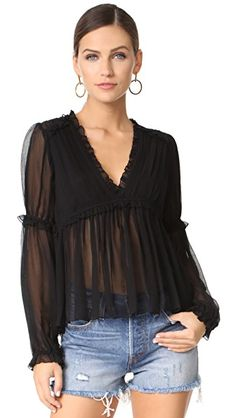 ¡Consigue este tipo de blusa manga larga de ULLA JOHNSON ahora! Haz clic para ver los detalles. Envíos gratis a toda España. Ulla Johnson Silva Blouse: This pleated Ulla Johnson blouse is composed of crinkled chiffon. Dainty ruffles accent the bodice, and covered elastic cinches the cuffs. Long sleeves. Semi-sheer. Fabric: Crinkled chiffon. Shell: 100% silk. Lining: 100% viscose. Dry clean. Imported, China. Measurements Length: 22.5in / 57cm, from shoulder Measurements from size 2 (blusa…