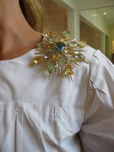 "Have bought up several vintage broaches from estate sales. Like this idea of ""how to wear""."