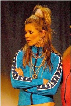 Great chav hair and accesories kate brilliant Windbreaker Outfit, Understanding Women, Girls Run The World, Vintage Windbreaker, Youth Culture, 2000s Fashion, Women Life, Kate Moss, Costume Design
