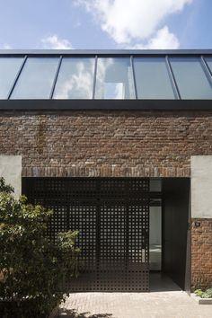 Donald Osborne Architect, Ronald Janssen Architecten, Luuk Kramer · Remodelling Factory into 12 Houses · Divisare