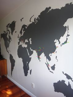 www.vinylimpression.co.uk Extra large world map wall sticker transfer for home and office interior design decals.