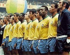 Seleção brasileira de 1970, Rivelino e Pelé lado a lado.