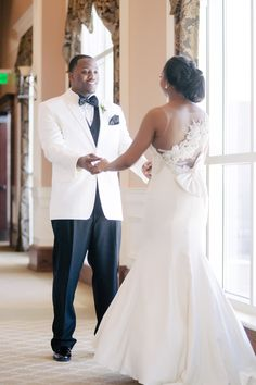 Romantic Blush and Ivory Spring Wedding in Atlanta - Munaluchi Bridal Magazine