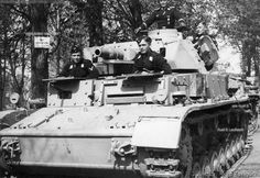 This Panzer IV Ausf. D has also been up-armored on front & side hull and front and side superstructure as well.