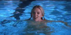 Scarlett Johansson sure is bouncy (10 GIFS)