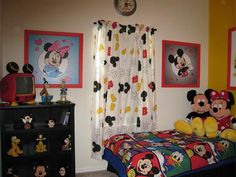 Kids Bedroom Decor with Favorite Cartoon Theme Mickey Mouse
