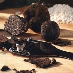 Black Perigord Truffles ~ The finest black truffles come from France, particularly the southwestern region known as the Dordogne. The most famous black truffle of all is from a specific part of the Dordogne called the Périgord. From December to March, French truffle markets feature delectable Périgord black truffles characterized by a subtle aroma and an earthy flavor reminiscent of a rich chocolate. They reach their pinnacle of fragrance and flavor in January and February. #Truffle…
