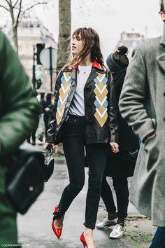 PFW-Paris_Fashion_Week_Fall_2016-Street_Style-Collage_Vintage-Miu_Miu-Jeanne_Damas-2
