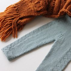 «Litt bilder av #villvestbukse på mamaknit.wordpress.com  #mamaknit #teststrikk #loveit #guttestrikk #drengestrikk #knit #knitting #knittinglove…»