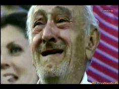Abuelo Y Nieto Celebrando Un Gol (Malaga vs Real Madrid)
