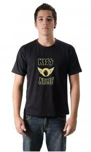 Camiseta Ilustrada: Kiss Começa Turnê no Brasil