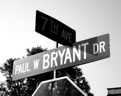 Bryant Drive on the campus of the University of Alabama