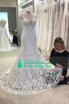 2017 V-Ausschnitt Spitze Brautkleid Meerjungfrau / Trompete Sweep Zug Open Back € 227.55 SAPZ24RDJ7 - SchickeAbendKleider.de for mobile