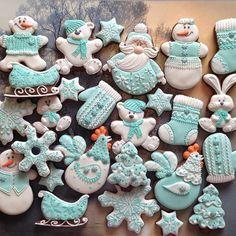 Ну что, здравствуй Новый год! Заказы до января не принимаю‼️#новыйгод #сладкийстол #сладкийподарок  #chelyabinsk #челябинск #пряникиназаказ #пряникичелябинск #cookies #galetasdecoradas #gingerbread #gingerbreadcookie #valentine #valentineday #icedcookies #подарокчелябинск #комплимент #cookieart  #детскийпраздник  #babyshowercookies #babyshower